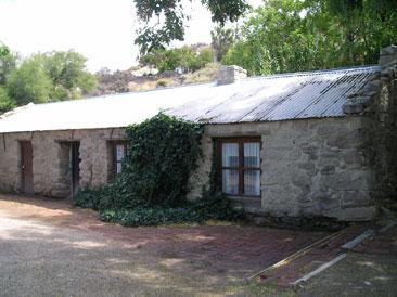 Antigua casa, Gaiman