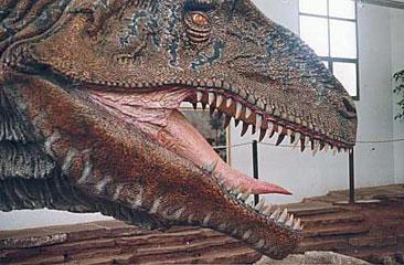 maqueta-de-dinosaurio