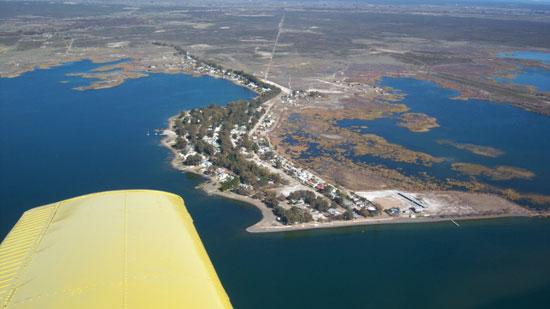 lago pellegrini, Cinco Saltos